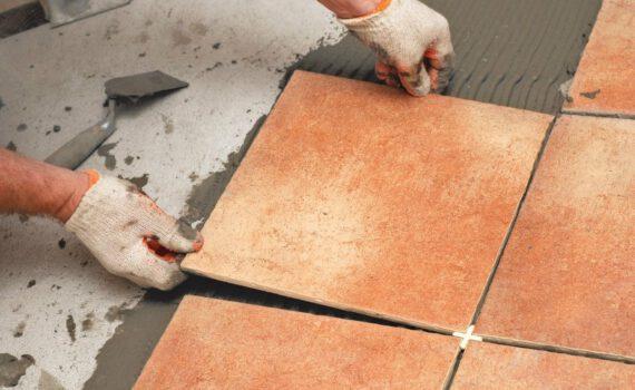 Как проверить качество укладки плитки